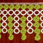 yeşil beyaz saçaklı halkalı havlu kenarı