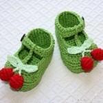 yeşil kirazlı bebek patiği