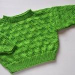 yeşil yandan düğmeli bebek kazağı