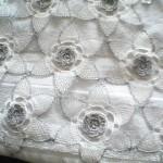 çiçek motifli simli iğne oyası havlu kenarı