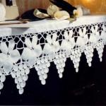 üzümlü kabartmalı kenar dantel modeli