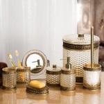 altın yaldızlı banyo seti modeli
