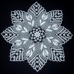 badem çiçekli gümüşlük dantel örneği