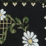 beyaz çiçek desenli etamin seccade modeli
