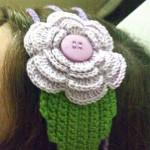 fıstık yeşili çiçekli saç bandı modeli