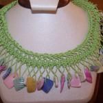 fıstık yeşili firkete kolye modeli