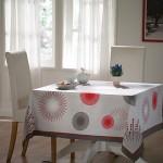 geometrik desenli süslü masa örtüsü modeli