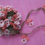 küçük çiçekli halkalı oya modeli