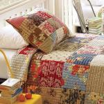 rengarenk kırkyama yatak örtüsü modeli