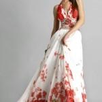 kırmızı çiçekli bayan uzun elbise modeli