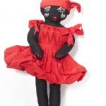 kırmızı elbiseli zenci bez bebek modeli