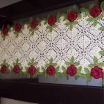kırmızı gül motifli dantel gümüşlük örneği