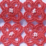 kırmızı motifli dantel bohça modeli
