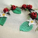 kırmızı top çiçekli brezilya nakışı örneği