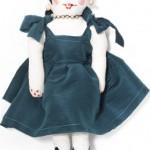 kadife elbiseli bez bebek modeli