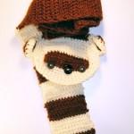 kahverengi krem sincap desenli örgü bebek atkısı