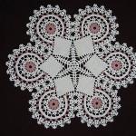 kenarı renkli gümüşlük dantel örneği