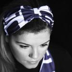 mavi beyaz fiyonklu saç bandı modeli