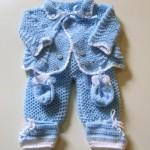 mavi hırkalı işkembe örgülü bebek tulumu
