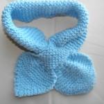 mavi haroşa örgü bebek atkısı modeli