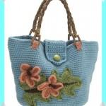 mavi renkli çiçek işlemeli tığ işi çanta modeli
