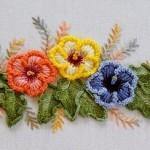 mavi sarı turuncu çiçekli brezilya nakışı örneği