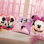 micky mouse figürlü peluş yastık modeli