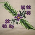 mor çiçekli kaneviçe etmain örneği