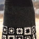 motiflerle süslenmiş örgü etek modeli