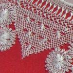motifli iğne oyası namaz örtüsü örneği