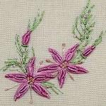 pembe çiçek desenli brezilya nakışı örneği