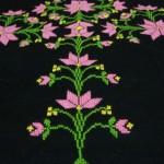 pembe çiçek desenli etamin seccade örneği