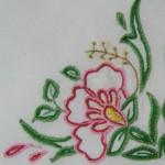 pembe çiçekli kasnak nakışı modeli