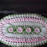 pembe çiçekli oval komidin danteli örneği