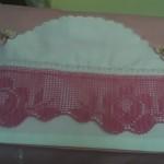 pembe güllü dantel karyola takımı modeli