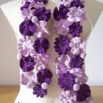 pembe mor çiçekli atkı modeli