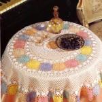 rengarenk örülmüş fiskos masa örtüsü modeli