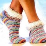 rengarenk el örgüsü soket çorap modeli