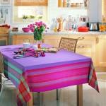 renkli çizgili mutfak masası modeli