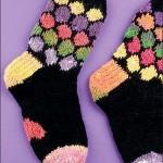 renkli al petekli el örgüsü çorap modeli