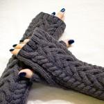 saç örgü gri parmaksız eldiven modeli