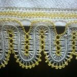 sarı beyaz firkete havlu kenarı örneği