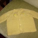 sarı işkembe örgülü bebek kazağı