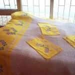sarı kaneviçe aplikeli pike takımı