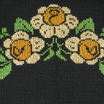 sarı papatyalı etamin seccade modeli