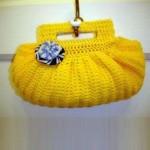 sarı tığ işi örgü çanta modeli