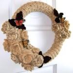 tığ işi çiçekli kelebekli kapı süsü