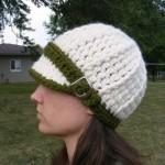tığ işi kep şeklinde bayan şapka
