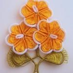 turuncu çiçek desenli mekik oyası örneği