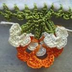 turuncu beyaz çiçekli yazma oyası modeli
